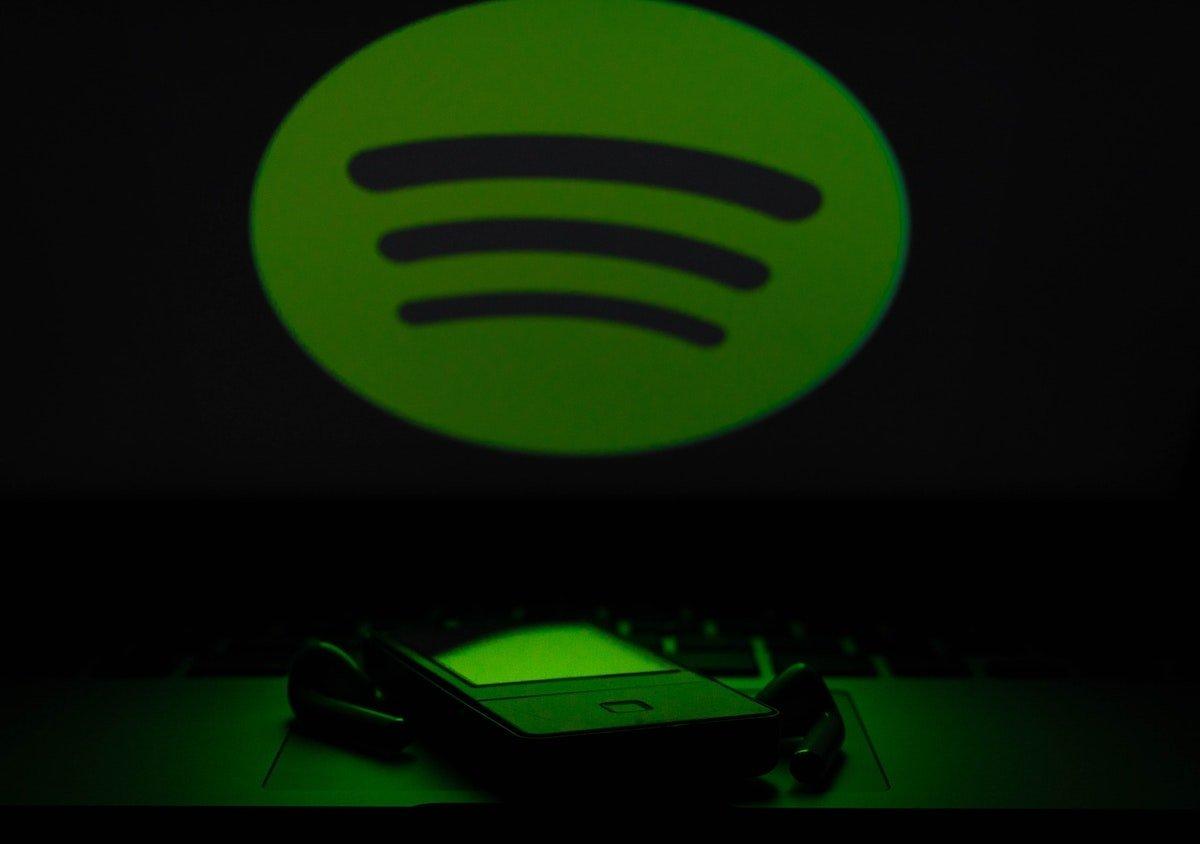4 Llega Spotify