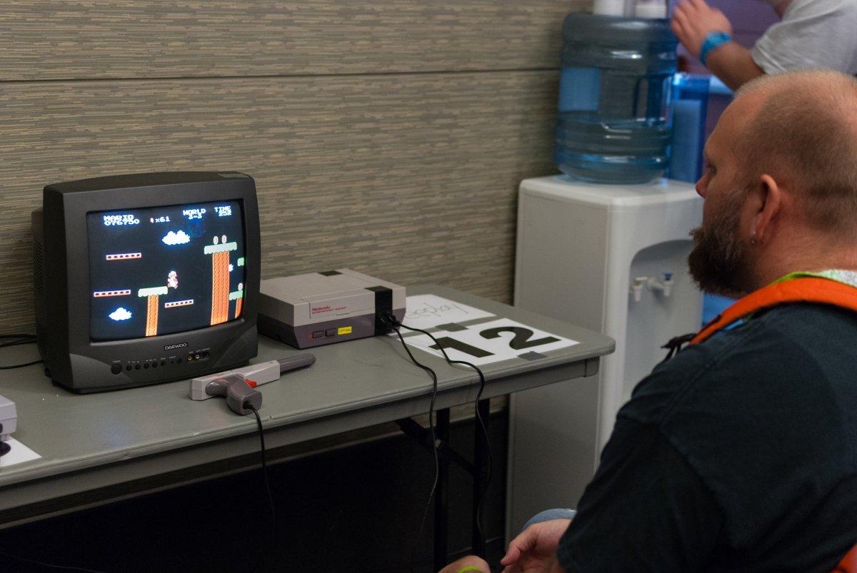 A diferencia de los primeros juegos 3D, los juegos retro 2Dmantienen todo su encanto