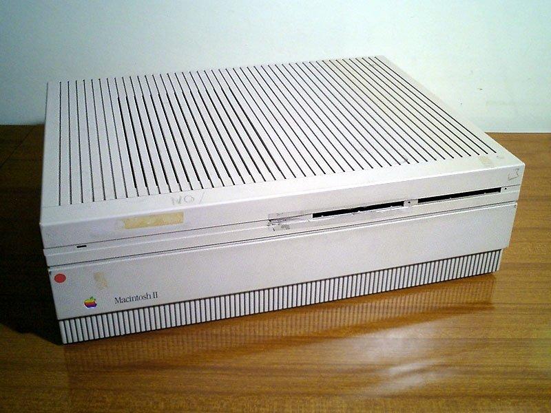 Apple Macintosh II