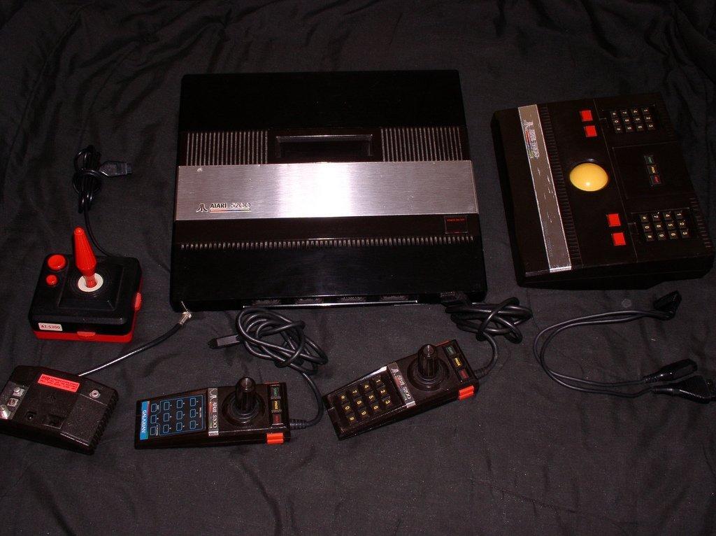 Atari 5200 con todos sus accesorios