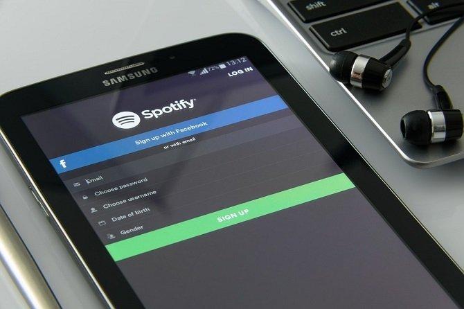 Cómo usar y compartir Spotify Premium en varios dispositivos