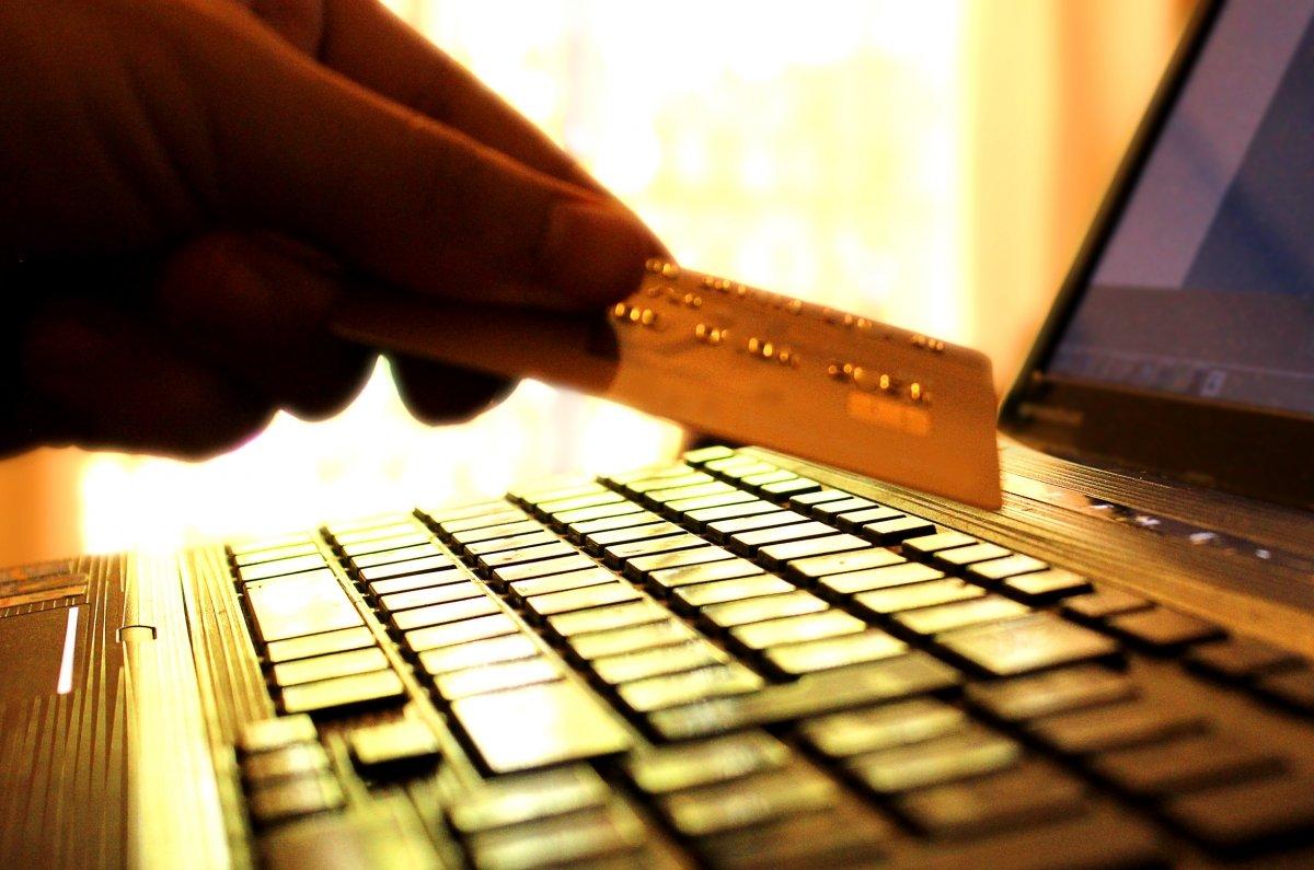 Hoy en día comprar con carteras digitales es más seguro