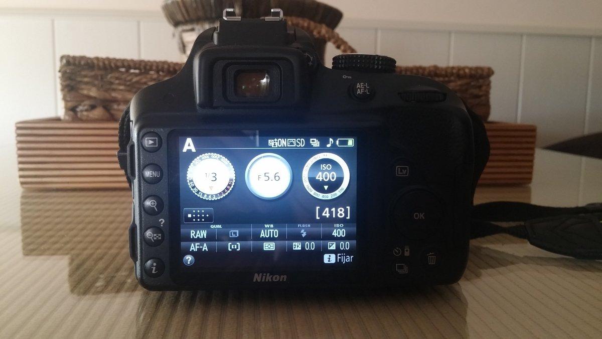 Con las cámaras digitales, el ISO se pueden controlar con un único botón