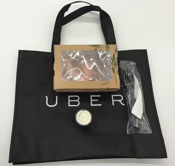 Contenido de la bolsa de UberEATS
