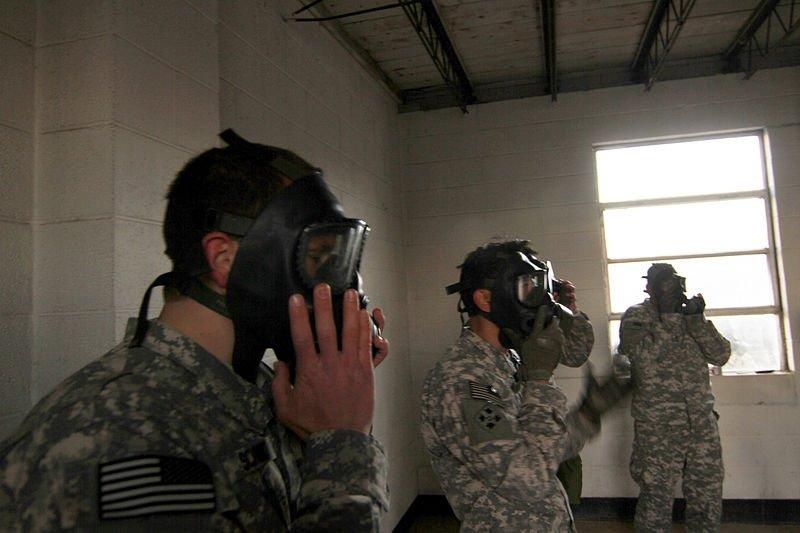 El gas nervioso se usa en la guerra química