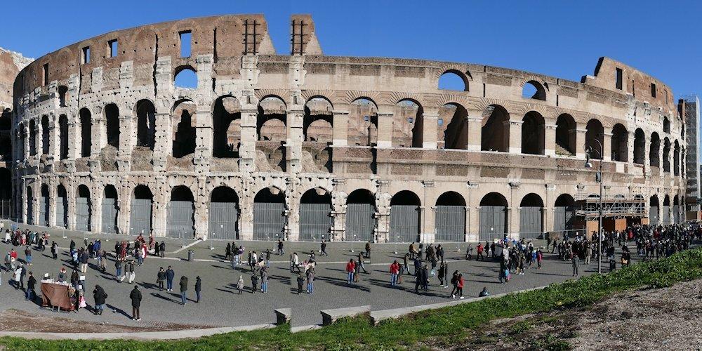 El logotipo de Nero es el Coliseo de Roma