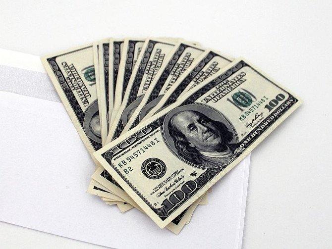 El problema no es el dinero, sino cómo y por qué cambia de manos