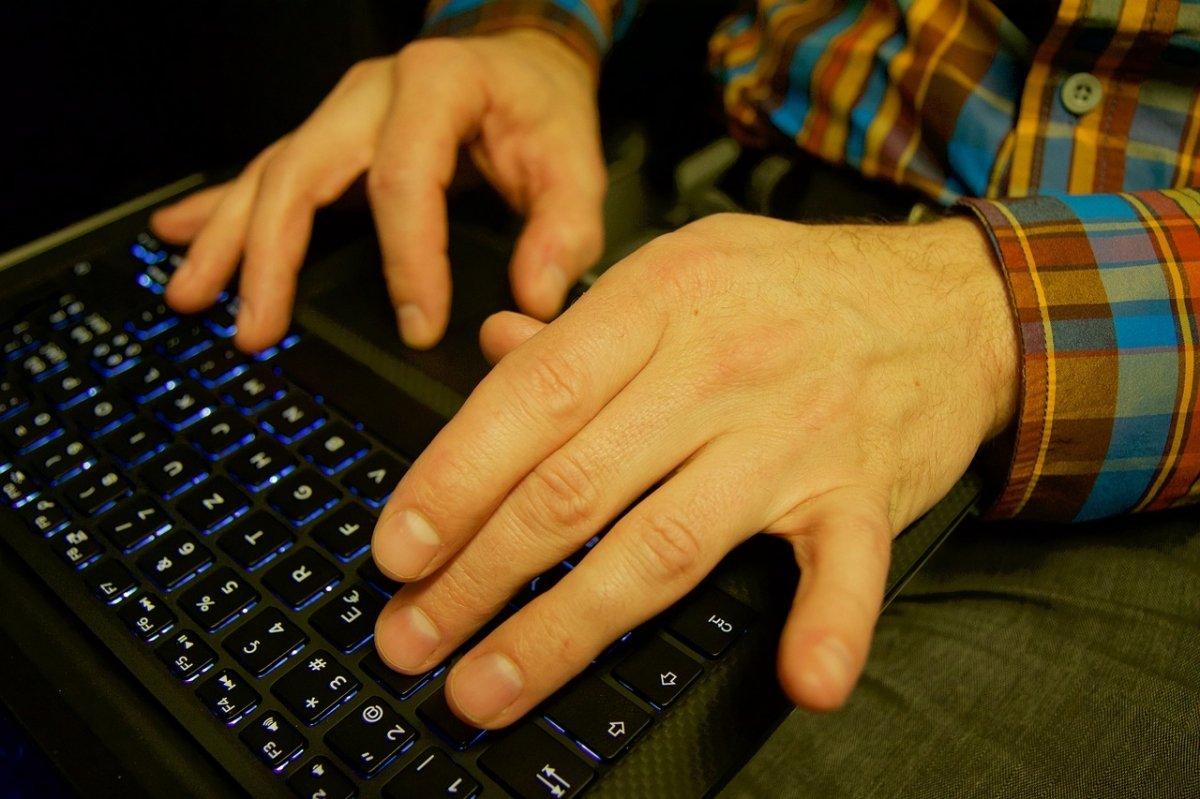 El uso de ordenadores e Internet se ha generalizado en todo el mundo