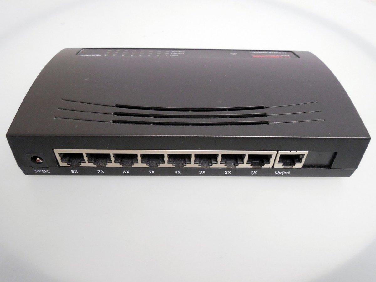 En Riffle cada router de la red actúa como un proxy