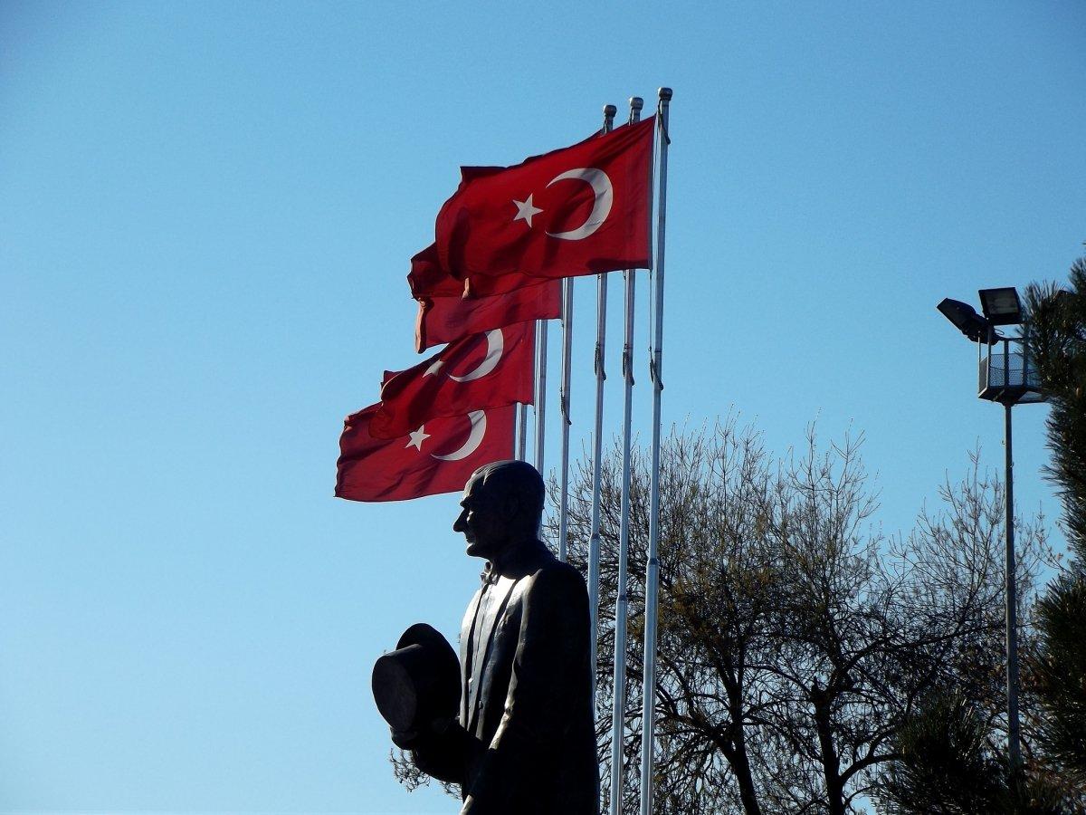 En Turquía se puede comprar lo necesario para tener Internet por satélite en Siria