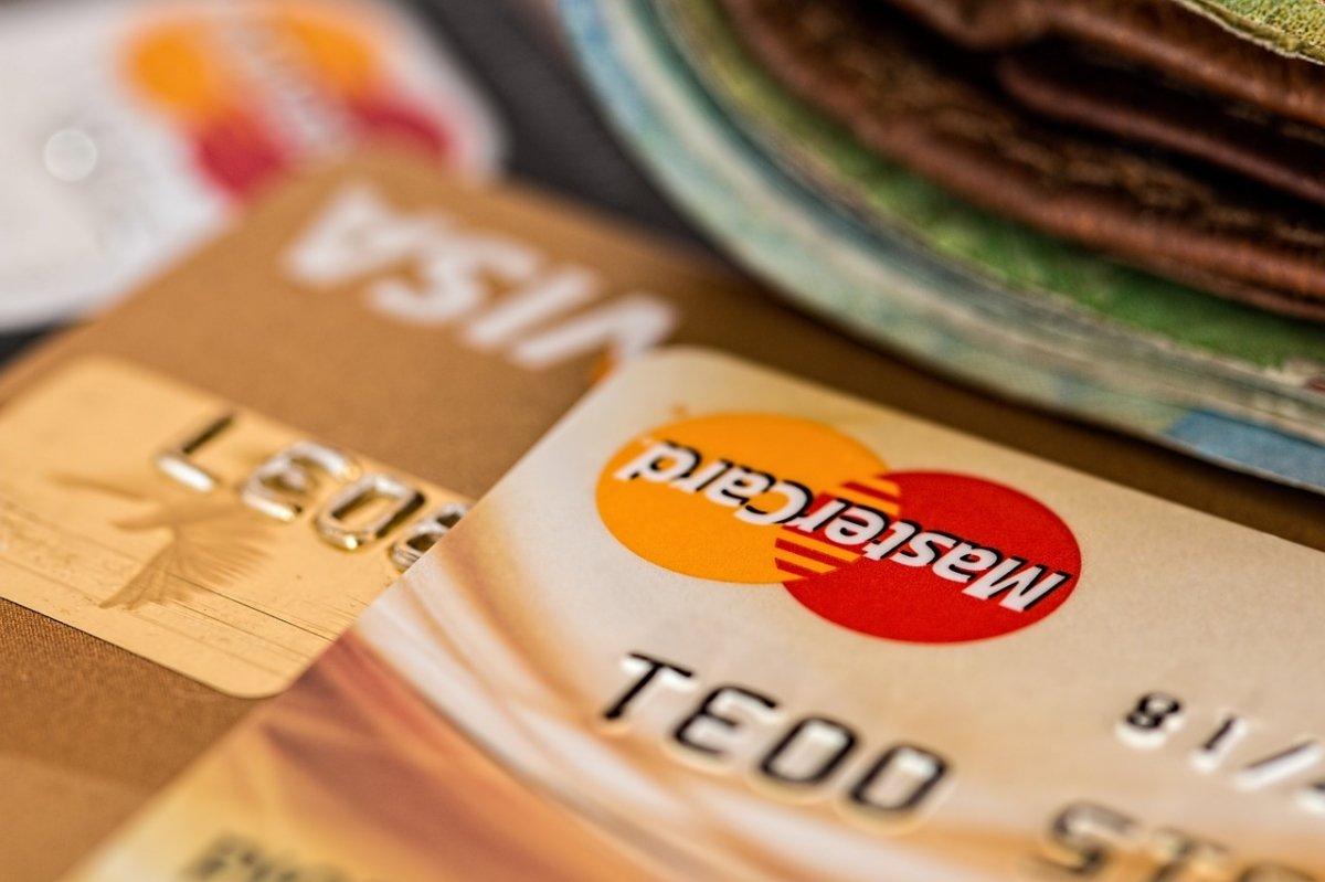 Es necesario añadir una tarjeta de crédito verificada para usar Skrill