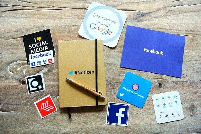 Facebook está intentando aglutinar todas las funciones de sus competidores