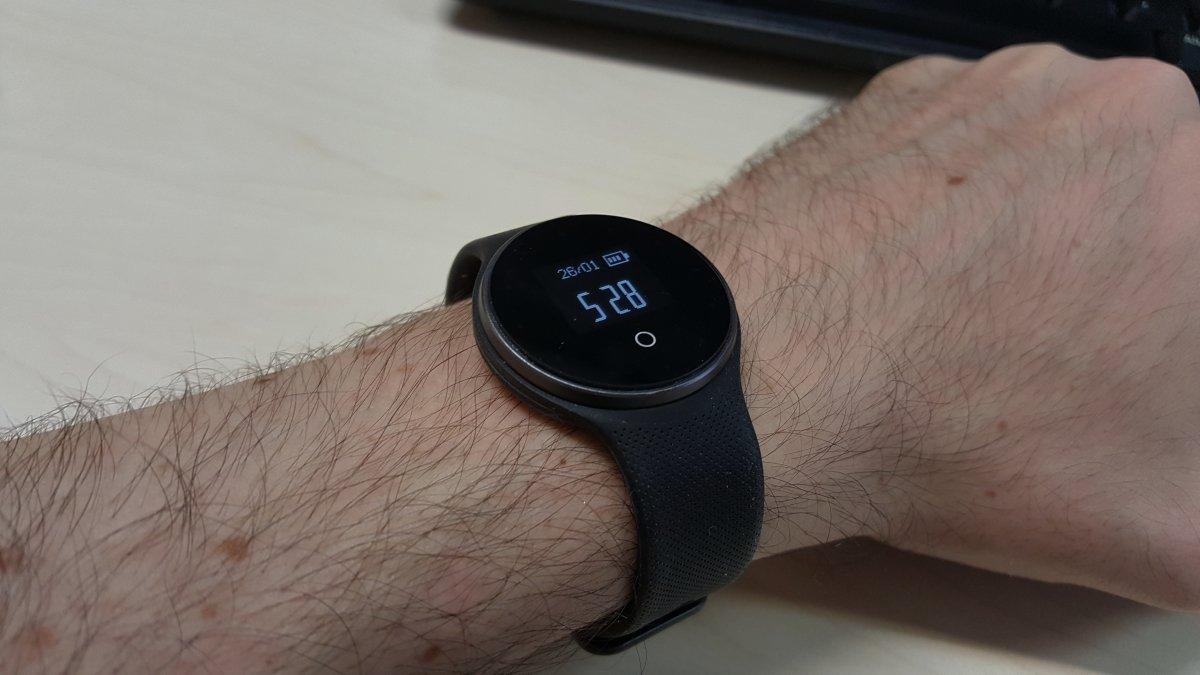 GME1 de Geeksphone es un reloj para quien busca controlar de manera sencilla su actividad física