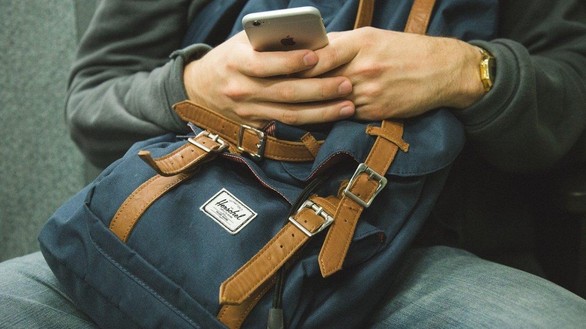 Gracias a los móviles podemos saber dónde está una persona en tiempo real