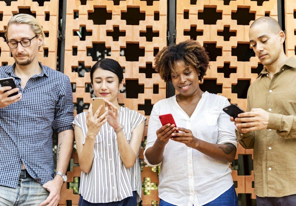 Cómo hacer una llamada en grupo en Android