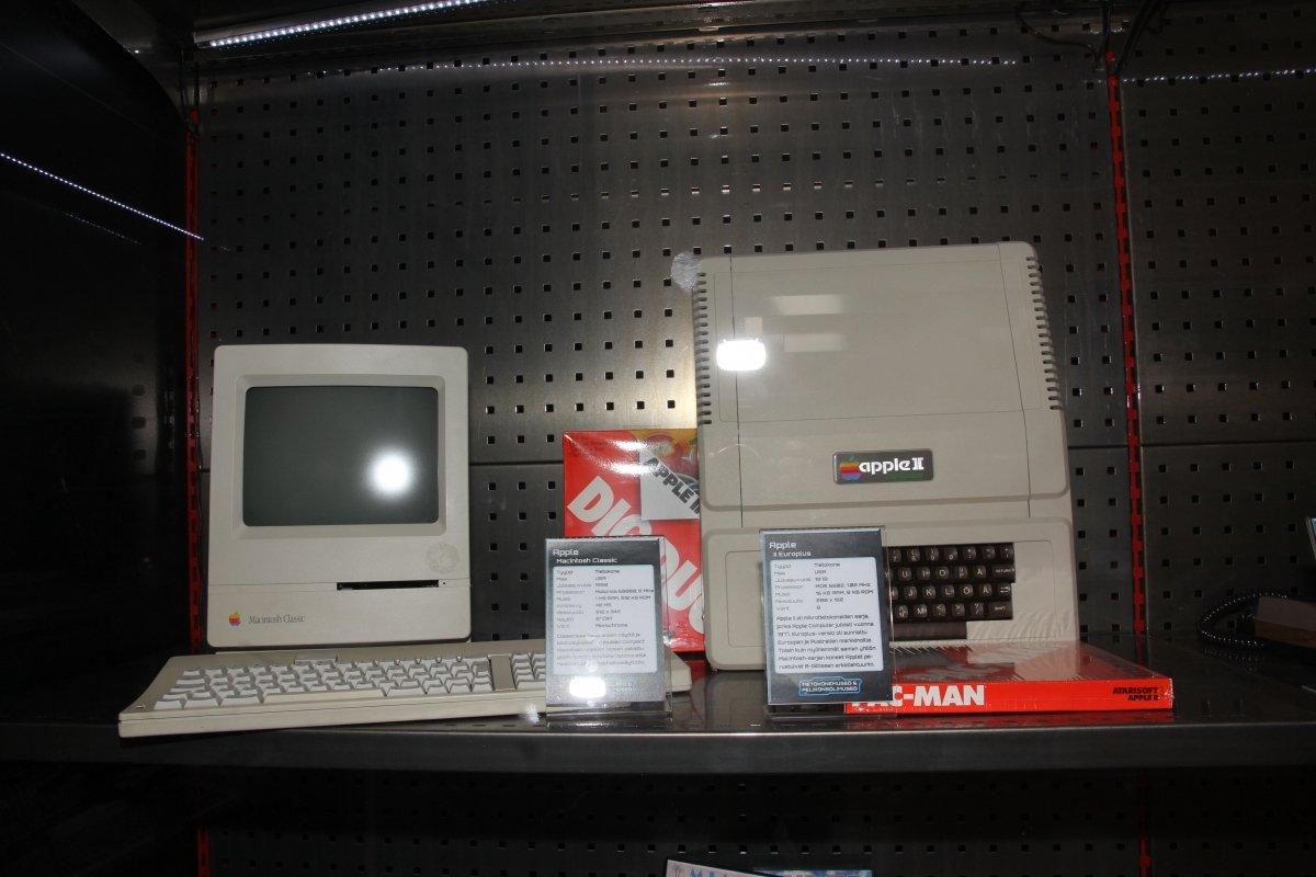 Imagen de un Apple II en exposición
