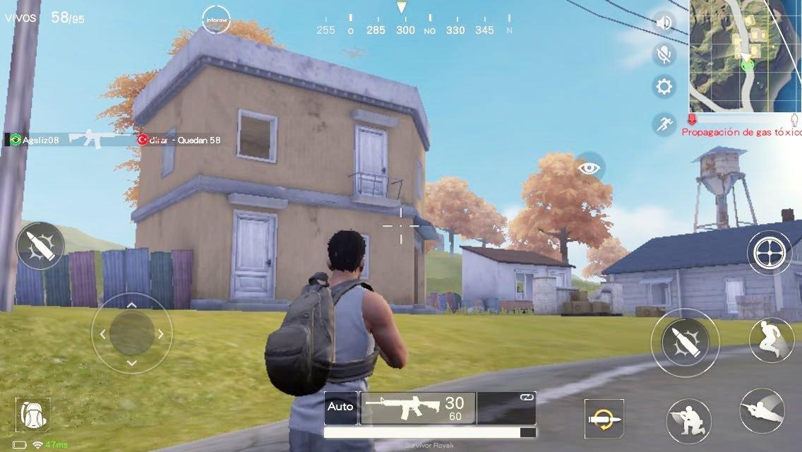 Inspección de una casa en Survivor Royale