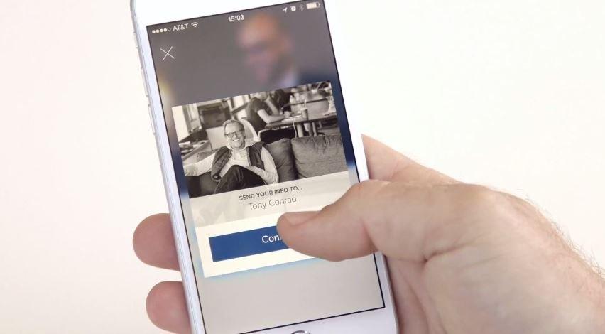 Intro, la nueva aplicación de About.me para las tarjetas virtuales - imagen 2