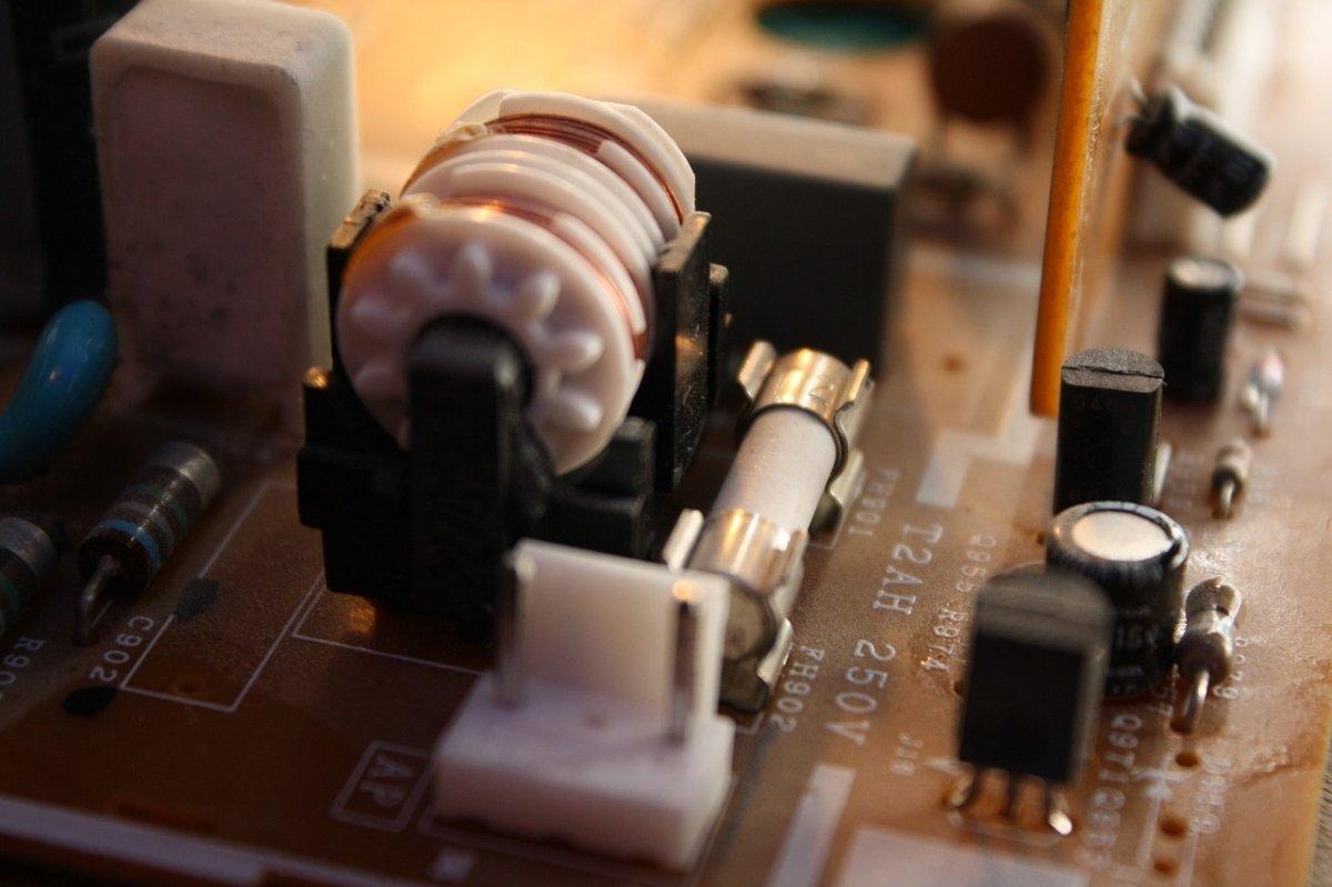 La industria de los transistores le dio el nombre al Silicon Valley