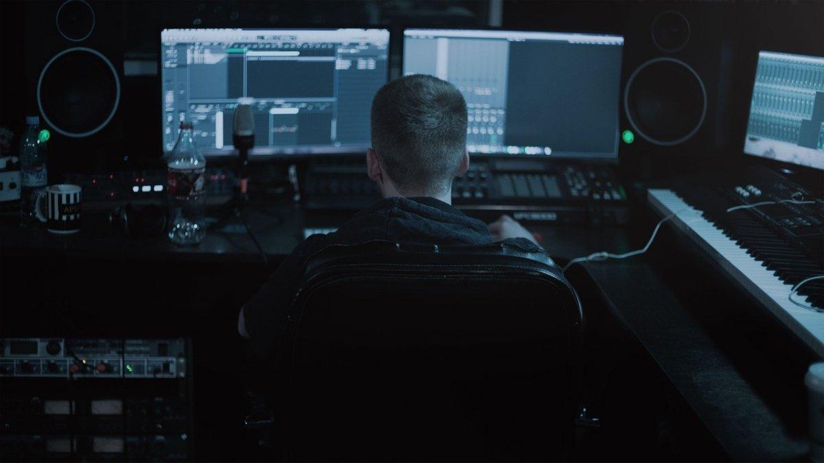 La informática es imprescindible hoy en la creación musical