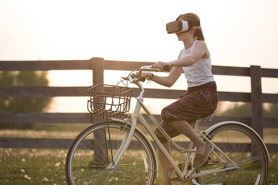 La realidad aumentada es compatible con montar en bicicleta
