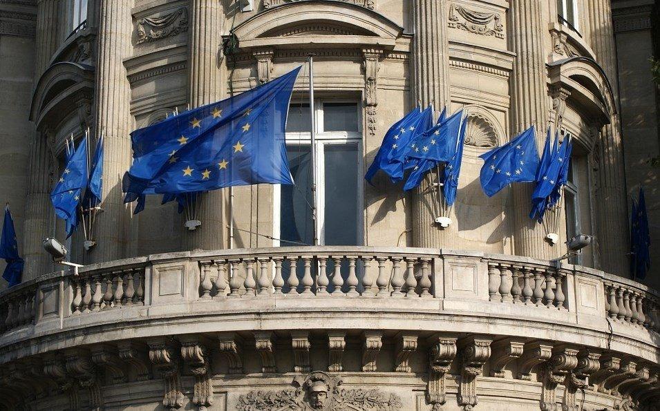 La Unión Europea regula lo relativo a los certificados SSL y firmas digitales