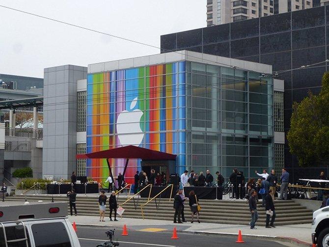 Las Apple Store son los centros de culto