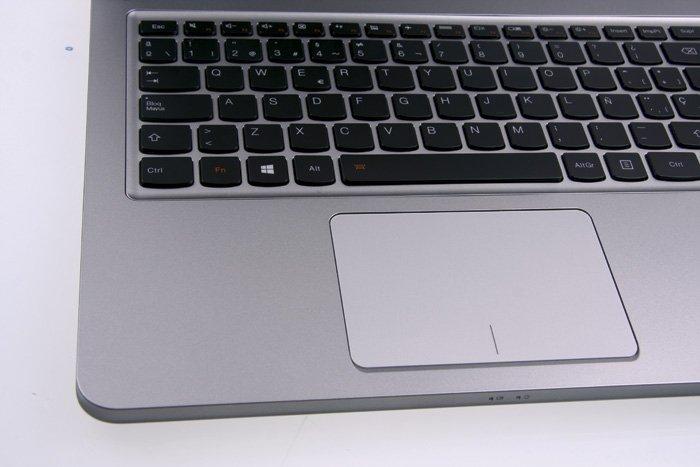 Lenovo IdeaPad U510 detalle