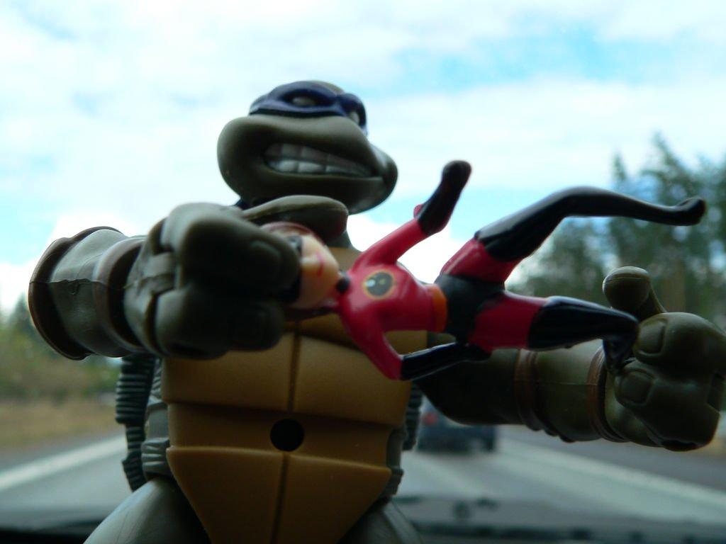 Leonardo contra Elastigirl, otra pelea posible en MUGEN