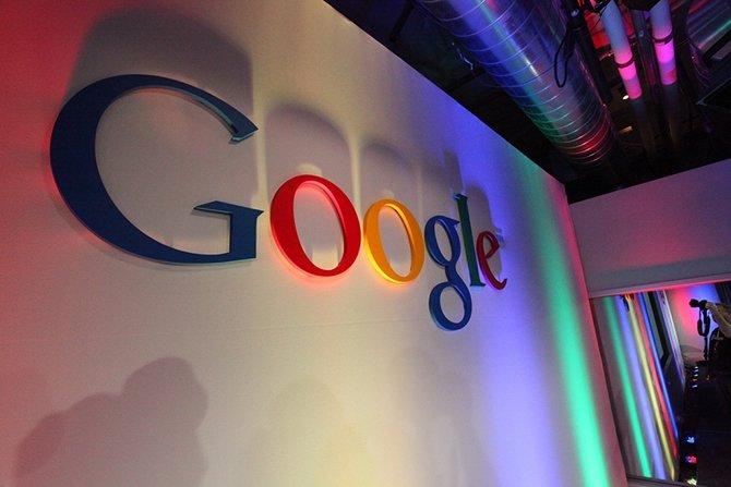 Lo común hasta ahora eran buscadores que reemplazaban a Google
