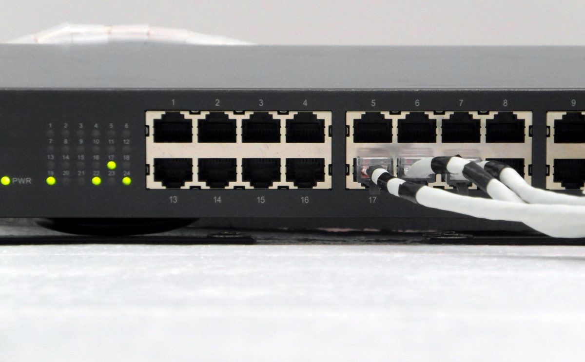 Lo que Chaum pretende es crear un nuevo protocolo seguro de red