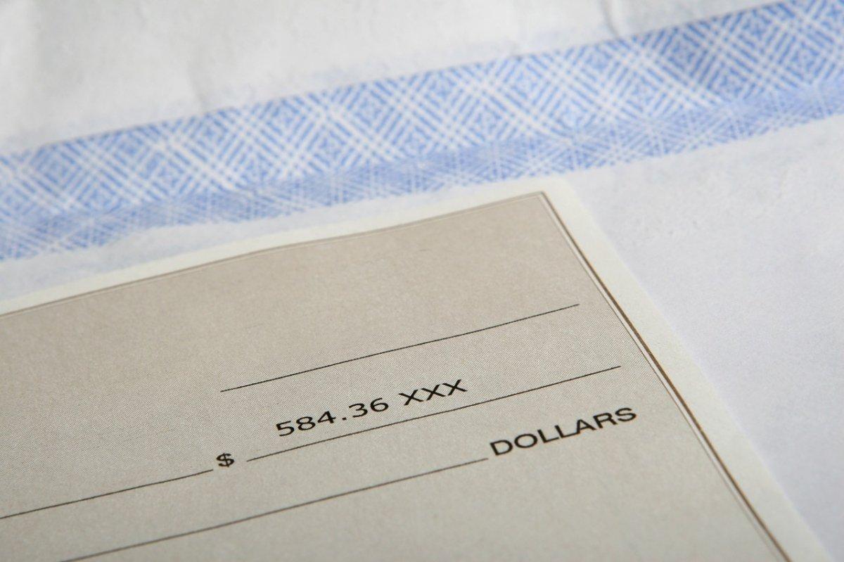 Los cheques también se conideran dinero fiduciario