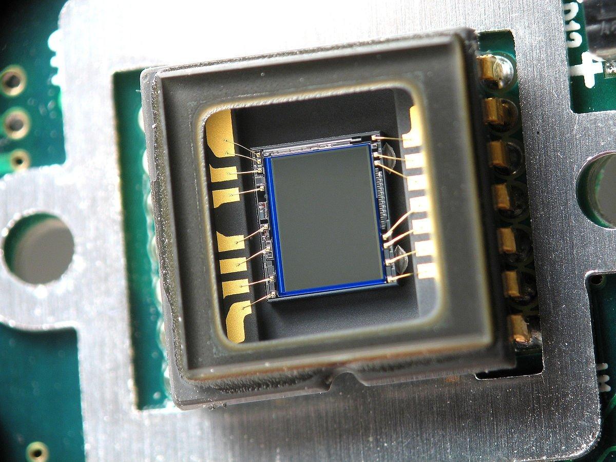 Los chips CCD son los encargados de transformar la luz en datos binarios
