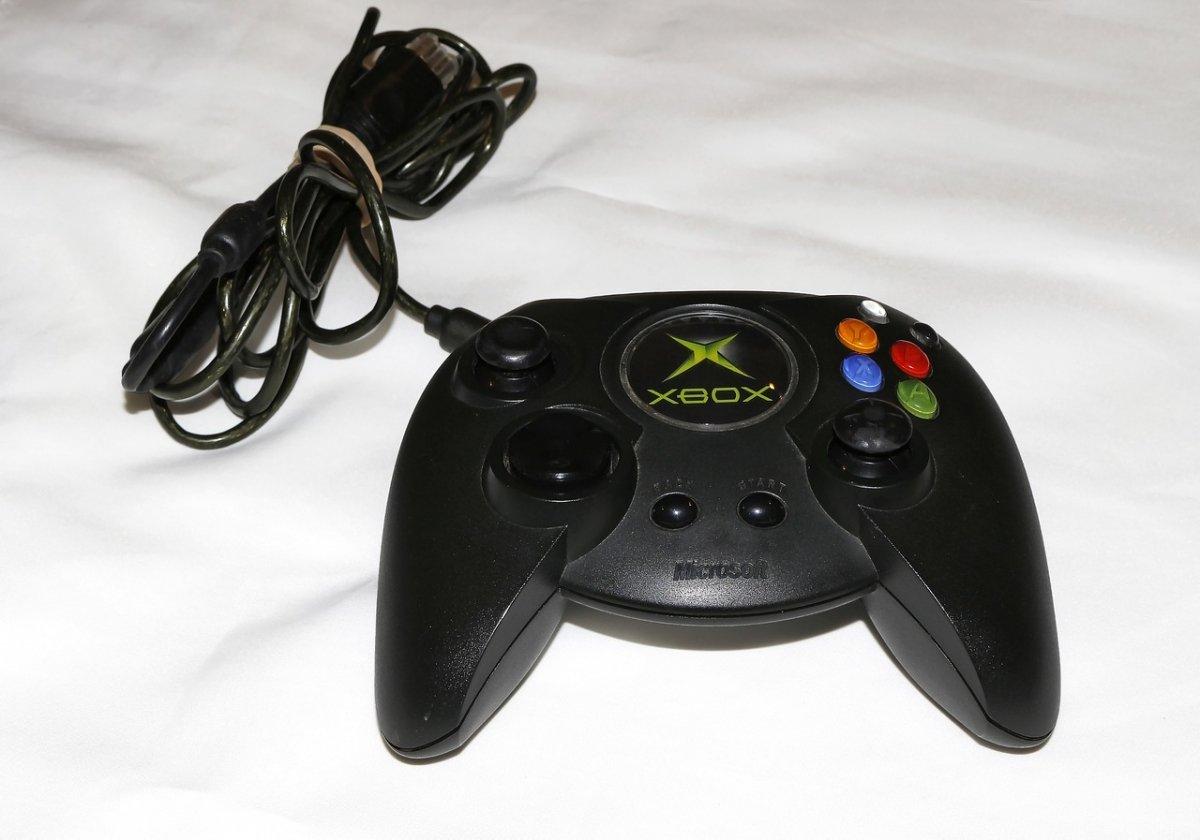 Mando original de la primera Xbox, también apodado Fatty