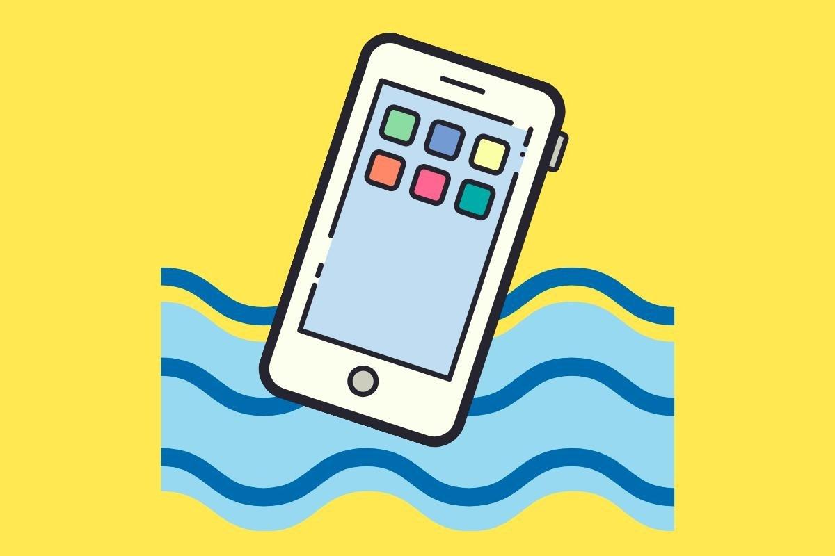 Mi móvil se ha mojado: qué hacer y qué no para arreglarlo