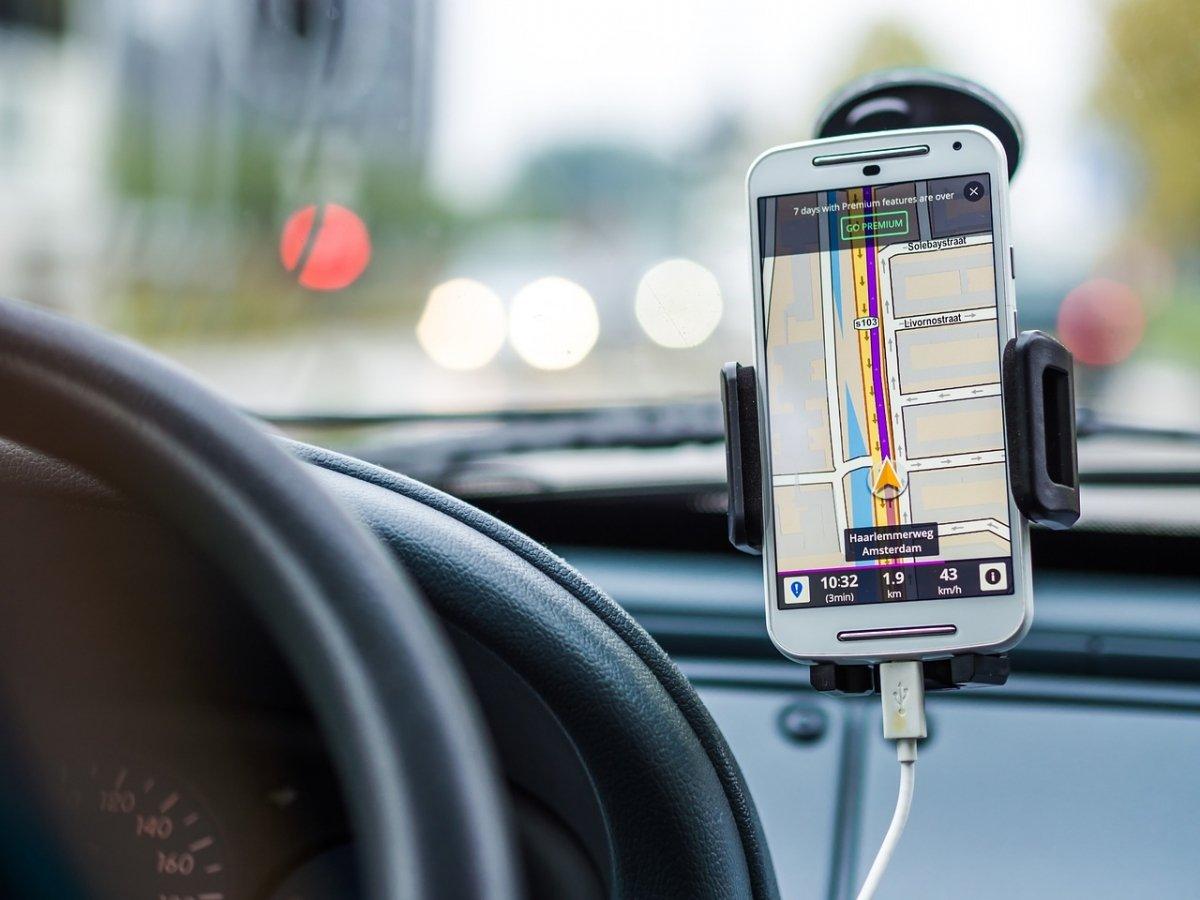 En los coches actuales también se puede cargar un smartphone