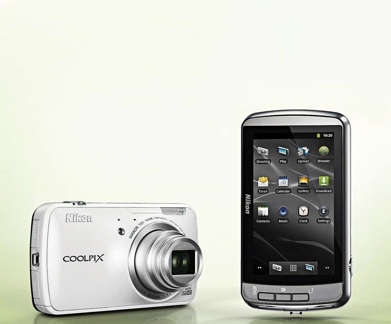 Nikon Coolpix S8000C