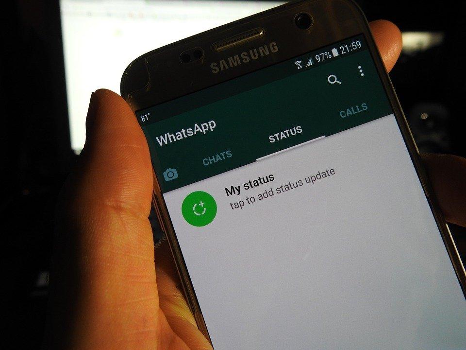 Pantalla de estados de WhatsApp