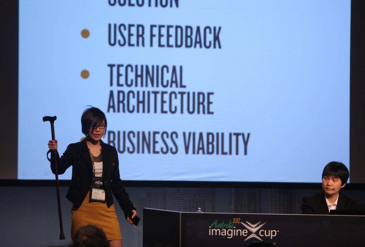 Presentación con diapositivas en una conferencia