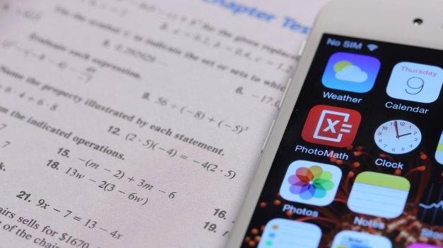 Analizamos PhotoMath, la app que resuelve ecuaciones de vista