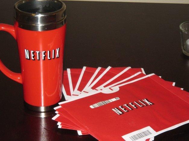 Netflix offline: cómo descargar películas y series para ver sin conexión