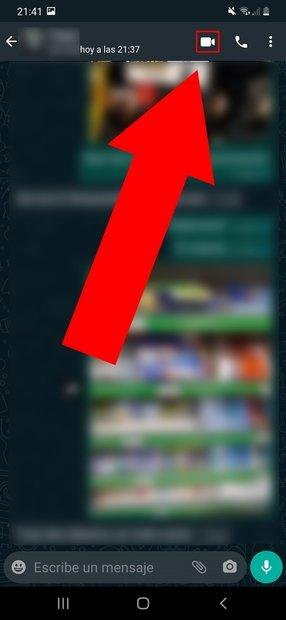 Pulsa en el icono con forma de cámara de vídeo