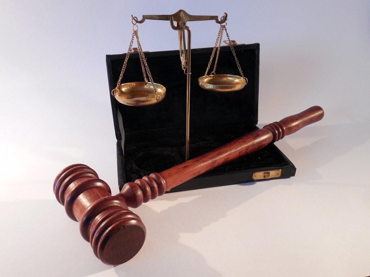 ¿Qué implicaciones legales tiene el P2P?