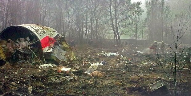 Restos del accidente del Tupolev de las fuerzas aéreas polacas