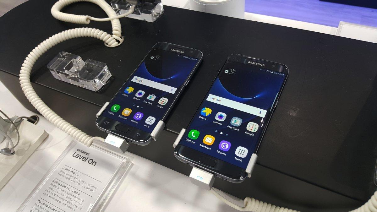 Samsung Galaxy S7 y S7 edge expuestos