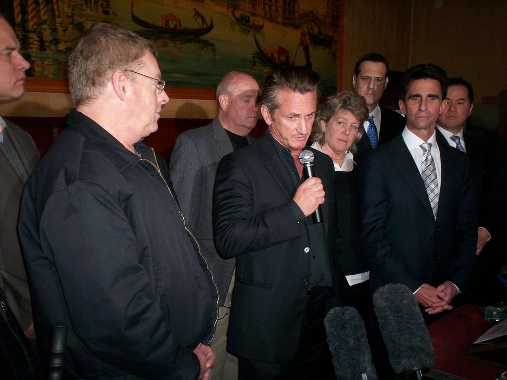 Sean Penn en una rueda de prensa en 2009