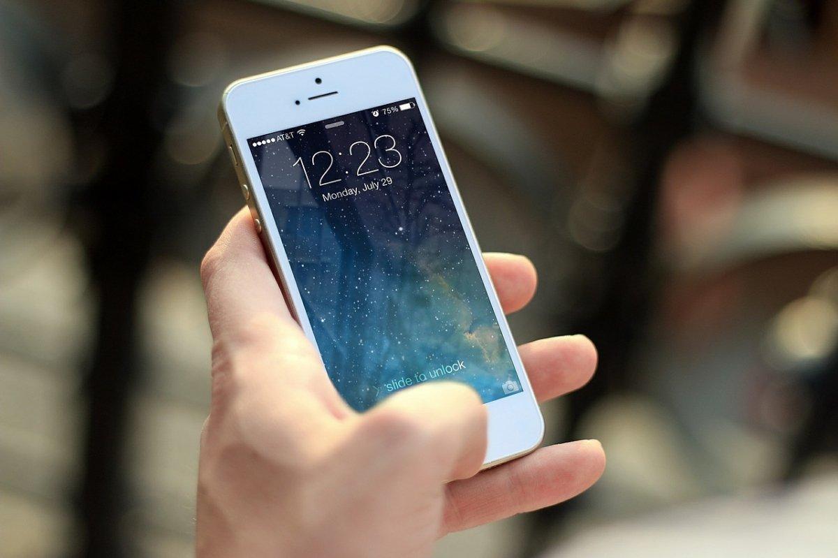 Siri puede mostrar información personal hasta con una pantalla bloqueada