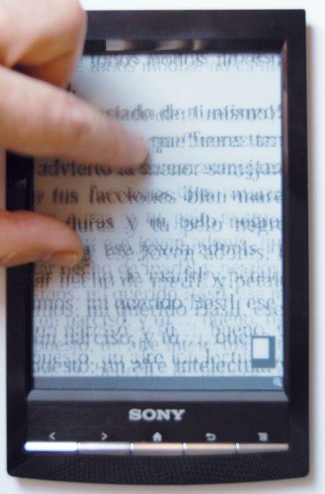 Sony Reader WiFi (PRS-T1) detalle