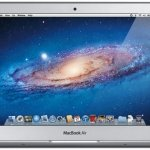 MacBook Air de 11 pulgadas, elegante, pequeño y exclusivo