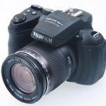 Fujifilm FinePix HS20EXR, con pantalla abatible